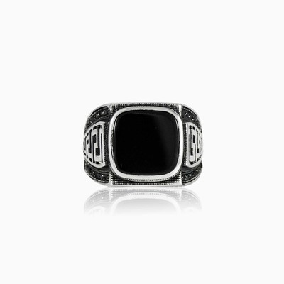 Onyx and spinel man rings NT