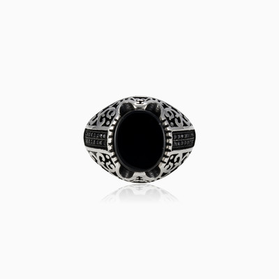Oval onyx and spinel ring man rings Palmyra