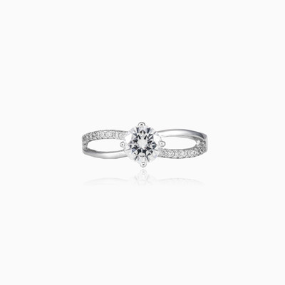 Twisted solitaire silver ring woman engagement rings Shine bright